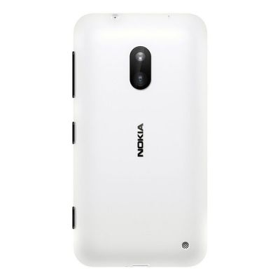 Смартфон Nokia Lumia 620 (белый)