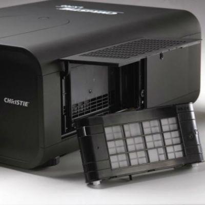 �������� Christie LX700