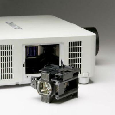 Проектор Christie LX501