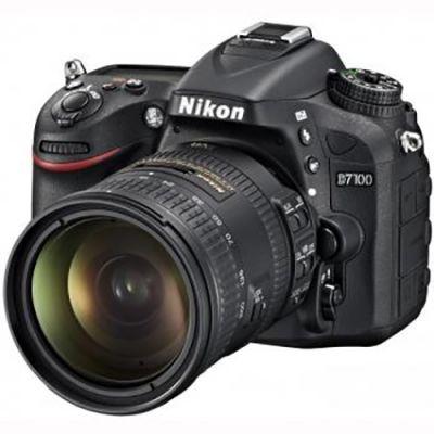 Зеркальный фотоаппарат Nikon D7100 Kit 18-200 VR [VBA360KR02]