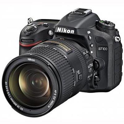 Зеркальный фотоаппарат Nikon D7100 Kit 18-300 VR [VBA360KR04]