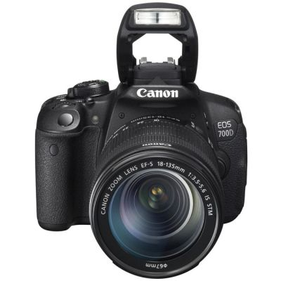 Зеркальный фотоаппарат Canon EOS 700D Kit EF-S 18-135 IS STM [8596B009]