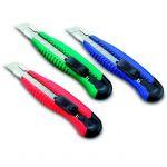 Kw-Trio Нож канцелярский мощный с шириной лезвия 18мм с 2-мя запасными лезвиями, черный 3713-BLK