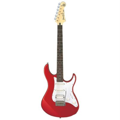 Электрогитара Yamaha Pacifica 012 Red Metallic