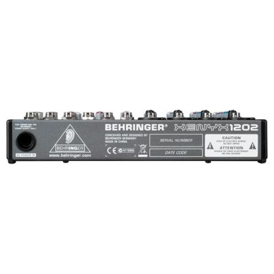 ��������� ����� Behringer 1202