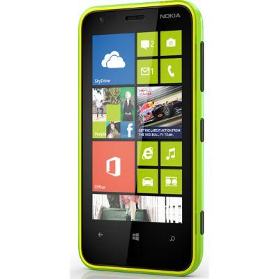 Смартфон Nokia Lumia 620 (зеленый)