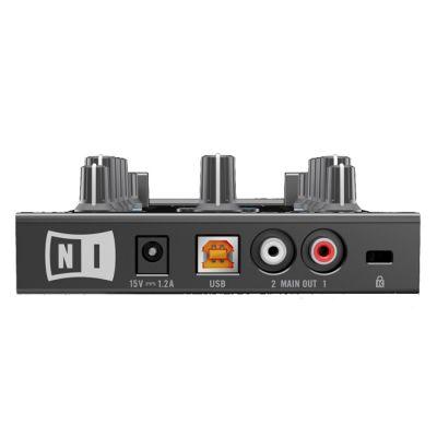DJ ���������� Native Instruments TRAKTOR KONTROL Z1