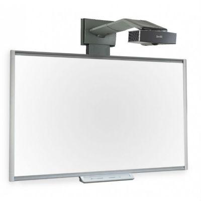 SMART Technologies Комплект SBM685IV2: SMART BOARD SBM685 с пассивным лотком с проектором SMART UF65W