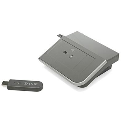 SMART Technologies ������ Bluetooth ��� ������������� ���������� � ������� smart Board 800 ����� WC8