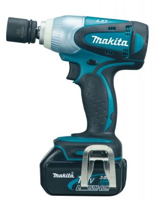 "��������� Makita �������������� ������� BTW251RFE (18 �, 230 ��, 1/2"", 1,7 ��, 2 ���. Li-ion 3��, ����)"