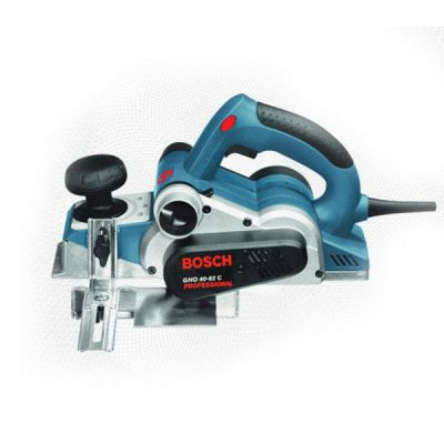 Рубанок Bosch электрический GHO 40-82 060159A760 (850 Вт, 82 мм, 4.0 мм, 14000 об/мин, 3,2 кг, кейс)