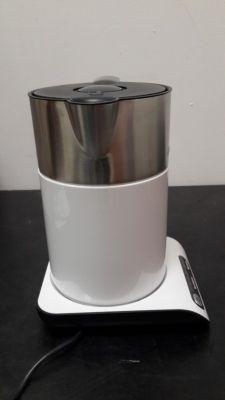 Электрический чайник Bosch TWK 8611