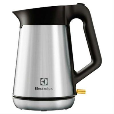 Электрический чайник Electrolux EEWA 5300