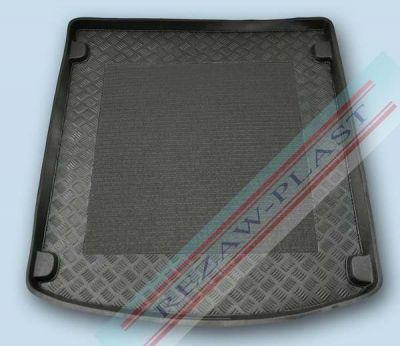 Rezaw-Plast ������ ��������� Audi Q3 2011-> (� ��������� ����������) � �������� �������������� ������ RZ 232027