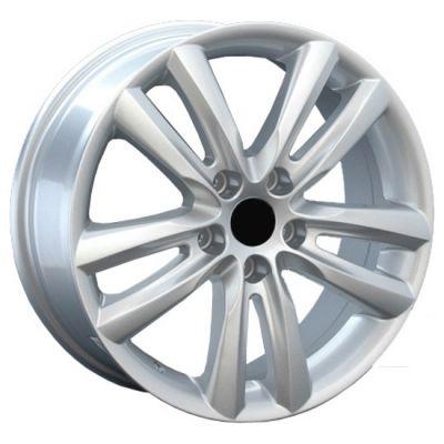 �������� ���� Replica ������� KI23 7x18/5x114.3 D67.1 ET35 Silver
