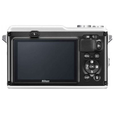 Беззеркальный фотоаппарат Nikon 1 AW1 Kit Silver VVA202K001