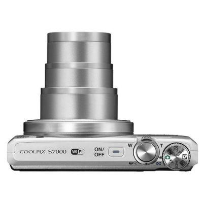 Компактный фотоаппарат Nikon CoolPix S7000 (белый) VNA801E1