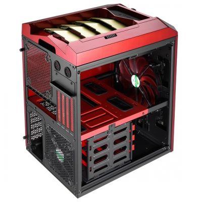 ������ Aerocool XPredator Cube Red/gold Edition (������-�������)