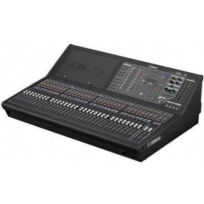 Микшерный пульт Yamaha QL5 цифровой