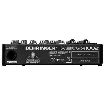 Микшерный пульт Behringer 1002