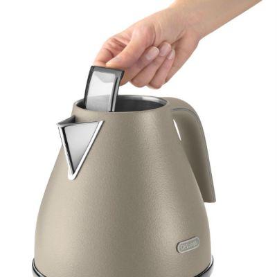 Электрический чайник Delonghi KBOE2001.BG бежевый 0394253