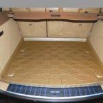 Коврик StarDiamond багажника VW Touareg 2002-2010 коричневый TPR STR68-00002