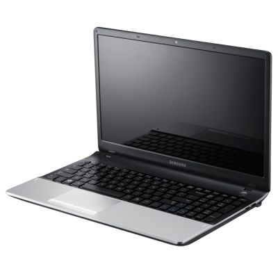 Ноутбук Samsung 300E5A S01 (NP-300E5A-S01RU)