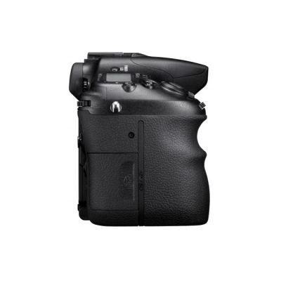 Зеркальный фотоаппарат Sony Alpha SLT-A77M Kit 18-135 mm F3,5-5,6 DT (ГТ Sony) [SLTA77M.CEE2]