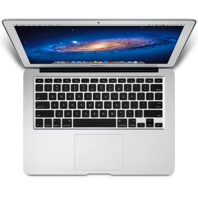 Ноутбук Apple MacBook Air 13 MD232RU/A